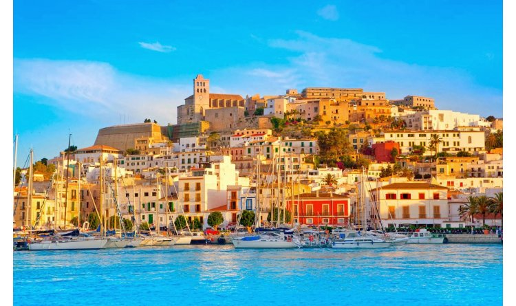 Ibiza Town Luxury Villas Balearics Resorts Villas In Luxury