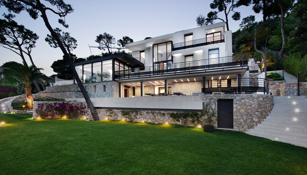 Bayview luxury villa in cap ferrat c te d 39 azur for Maison luxe usa
