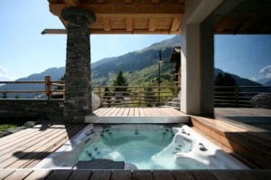 Chalet Spa Hot Tub