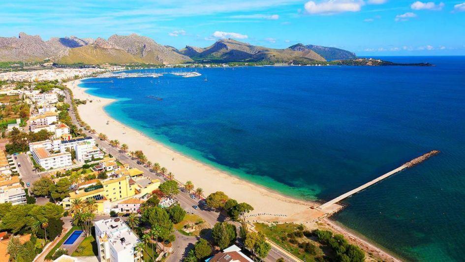 Playa de Port Pollensa, best beaches in Mallorca, Mallorca beach holiday, Balearics holiday, best beaches in the Balearics