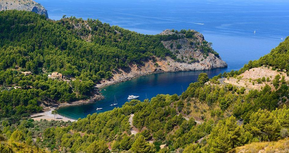 Cala Tuent, best beaches in Mallorca, Mallorca beach holiday, Balearics holiday, best beaches in the Balearics