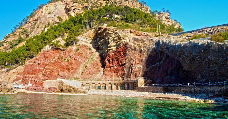 best beaches in Mallorca, villa holiday Mallorca, Cala Estellencs, Mallorca Beaches