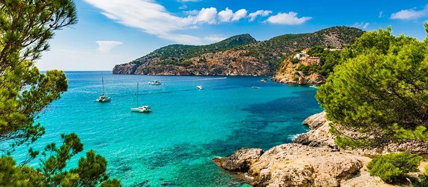 best beaches in Mallorca, villa holiday Mallorca, Playa del Mago Mallorca, Mallorca Beaches